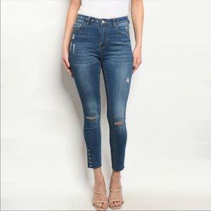 Denim - Blue Denim Jeans 👖 NWT New Listing!!!
